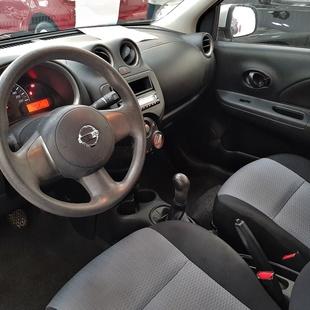 Nissan March 1.0 16V Flex