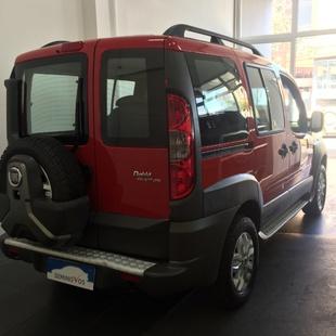 Fiat Doblò Adventure 1.8 Flex 4P