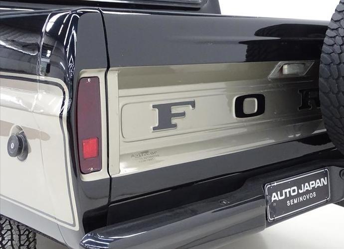 galeria F-1000