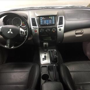 Mitsubishi PAJERO DAKAR 3.5 HPE 7 Lugares 4X4 V6 24V