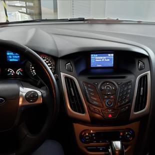 Ford FOCUS 2.0 S Sedan 16V Auto