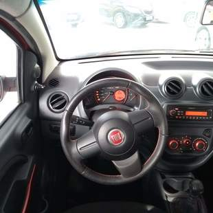 Fiat UNO 1.4 SPORTING DUALOGIC 8V 85CV