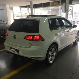 Volkswagen Golf Comfortline 1.0 Tsi Flex 4P