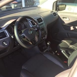 Volkswagen Fox 1.6 Msi Comfortline Flex 4P