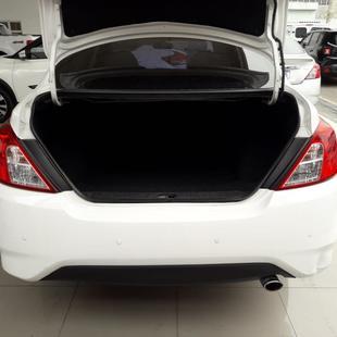 Nissan VERSA 1.6 16V FLEXSTART SL 4P XTRONIC