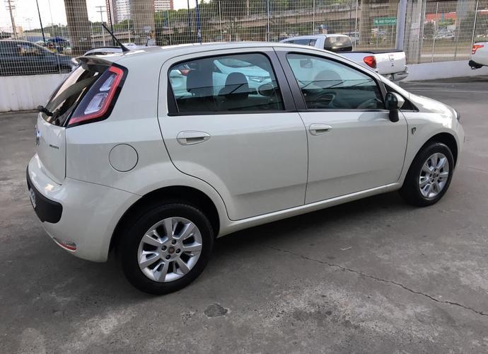 Used model comprar fiat punto 1 4 fiat punto atractive 1 4 serie italia 451 b8a6125e99