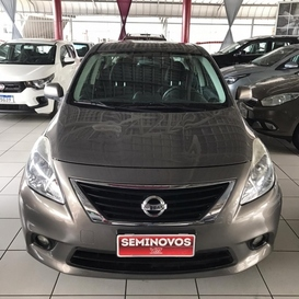 Nissan VERSA SEDAN SL 1.6 16V(FLEX)
