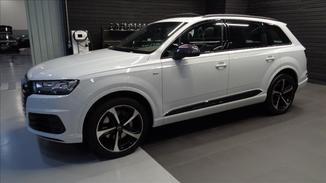 Audi Q7 3.0 TFSI V6 24V Performance