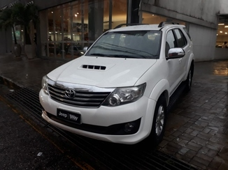 Toyota HILUX SW4 3.0 SR 4X4 16V TURBO INTERCOOLER DIESEL 4P AUTOMATICO
