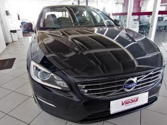 Volvo S60 Momentum T5 Drive-E Fwd 2.0 Tb