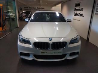BMW 550I 4.4 Sedan V8 32V