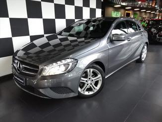 Mercedes Benz A 200 A 200 1.6 TURBO STYLE 16V GASOLINA 4P AUTOMATICO