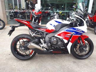 Honda Motos CBR  1000RR FIREBLADE