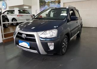Toyota Etios Cross At 4P
